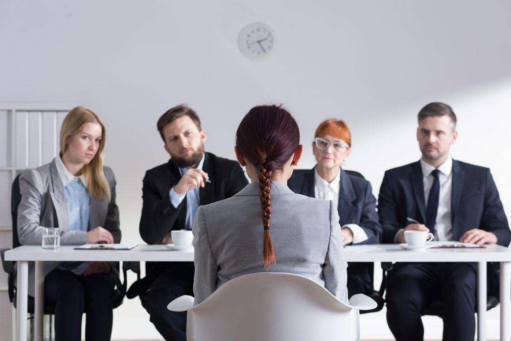 Top 5 công việc lý tưởng cho người giỏi tiếng Anh