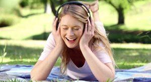 Luyện nghe IELTS hiệu quả cho người đi làm